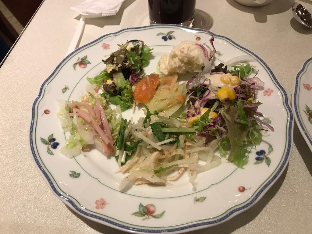 サラダ 前菜