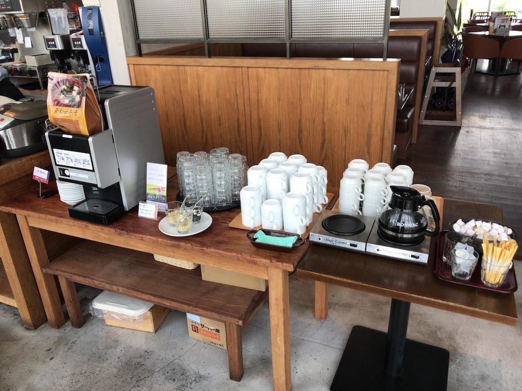 味噌汁、コーヒー